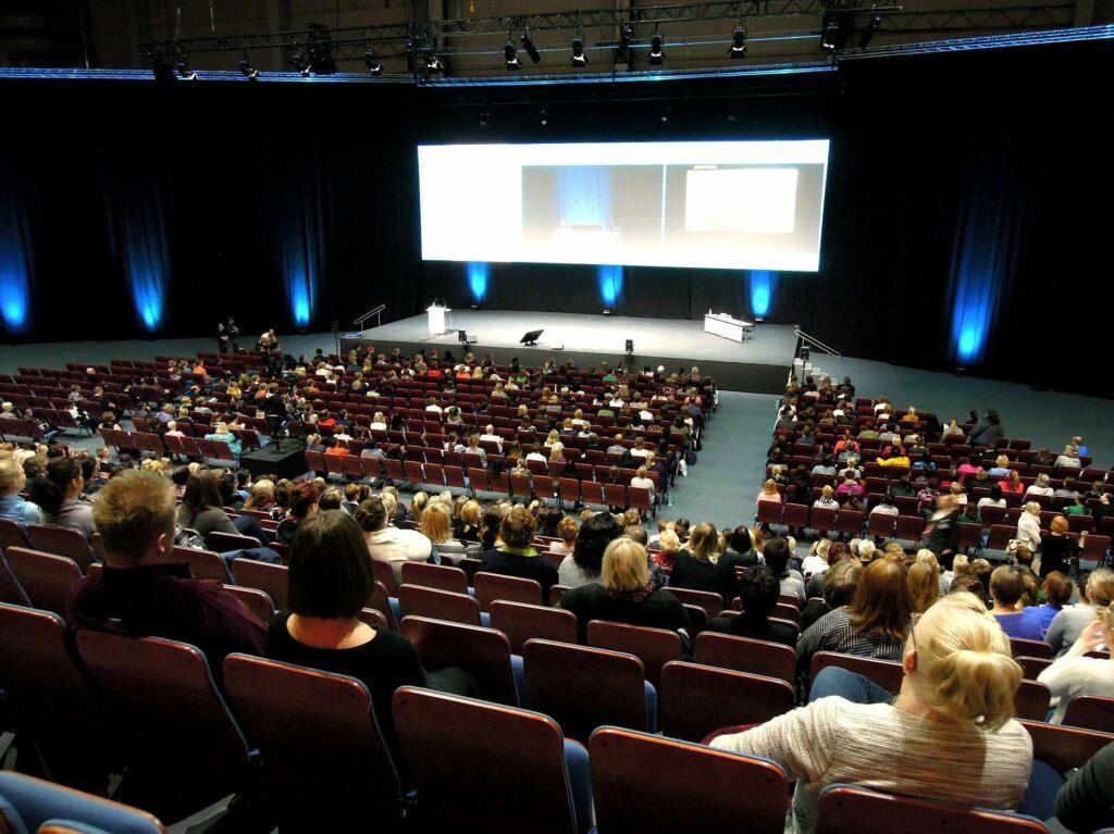 keynote speeches business development Serpil Uensal